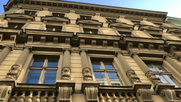 Hotel de Saxe i Prag – att söka på tjeckiska