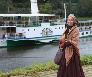 Saras blogg: Dressed for Travelling, Hiking, and a Visit to the Opera